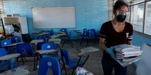 Tras-531-días-estudiantes-regresan-a-la-escuela-la-voz-de-Querétaro