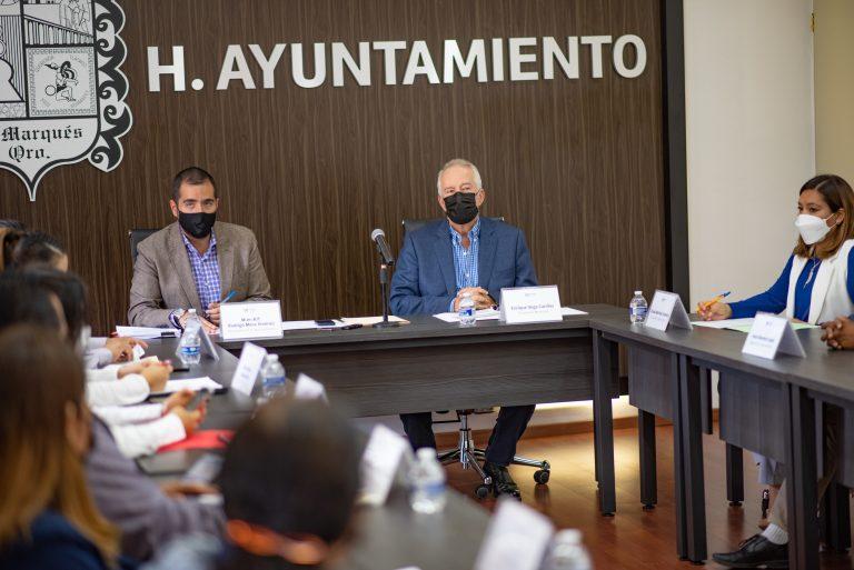 El Municipio de El Marqués refrenda su compromiso de trabajar para brindar certeza jurídica a los marquesinos (2)