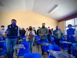 Entregan aula didáctica en Pedro Escobedo