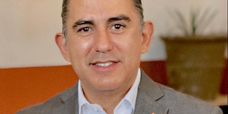 Octavio-Mata-Querétaro-la-voz